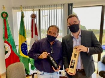MÁRIO AUGUSTO PEDE APOIO PARA PRESIDÊNCIA DA FAMURS