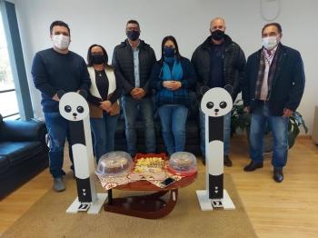 ENTREGA DE TOTENS PELA EMPRESA ECOTEC ENERGY